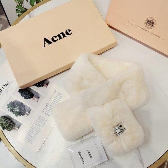Acne studios Plush fashion scarf NWT Authentic